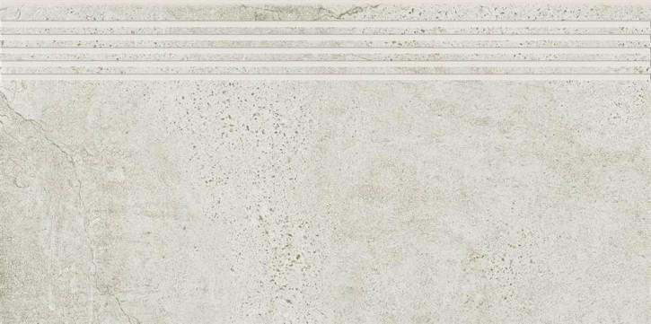 Newstone Stufe 30x60cm weiß matt R10B Abr.5
